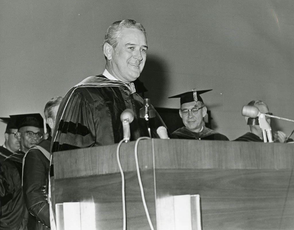 Governor Connally delivers an address